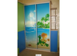 Шкафы-купе на заказ в детскую