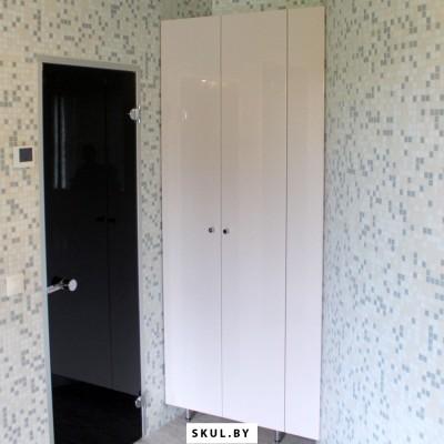 Шкаф всауну дляполотенец